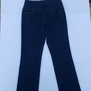 Size 6 Womens Pull-On Stretch Bootcut Leg Jeans